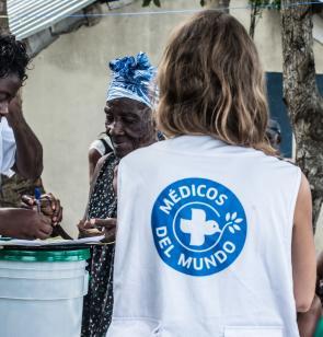 Médicos del Mundo trabajando en una emergencia