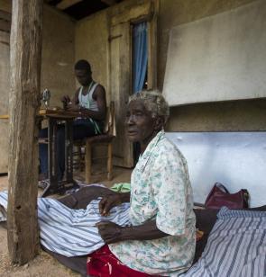 Personas haitianas afectadas por el terremoto