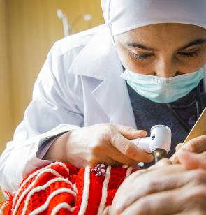 atención médica a persona siria